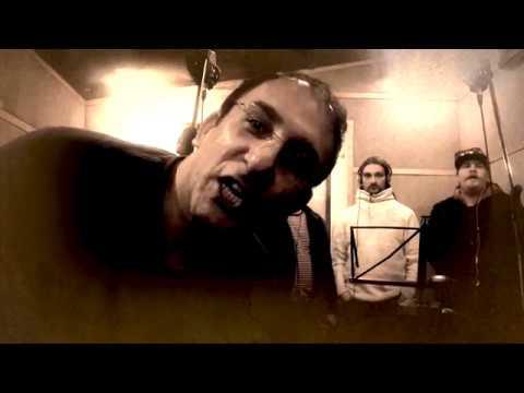 Golestan: Beg Chetaee? / Mit akarsz még?  (Album: Yaasat Mabodey / Hiányzol)