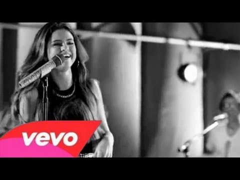 Скачать Selena Gomez - Love You Like A Love Song (Walmart Soundcheck) оригинал