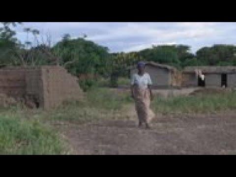 """""""Solar Mamas"""" bring light to rural Malawi"""