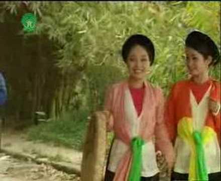 Nghê sî uu tu Thu Huyên - Dung Dinh Yem Dao