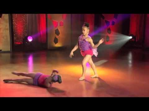 Asia Monet & Mackenzie Ziegler - Whistle While You Work It(Audioswap)