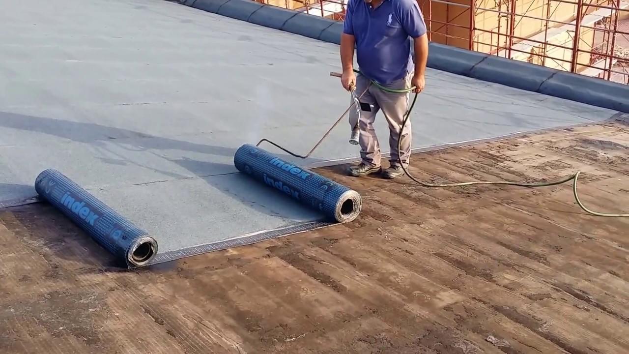Impermeabilizzazione tetto spiovente con guaina ardesia for Capannone tetto spiovente