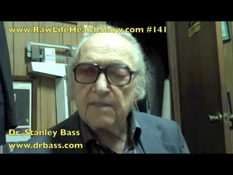 91 year old raw foodist Dr. Stanley Bass Part 2.