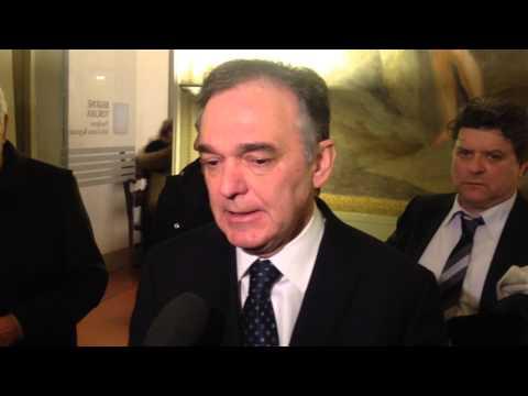 Presidente Regione Toscana Enrico Rossi contro la chiusura uffici postali