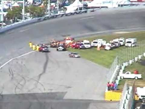 Dale Earnhart's Last Crash- 2001 Daytona 500