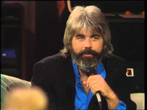 Dick Clark interviews Michael McDonald on Nitetime