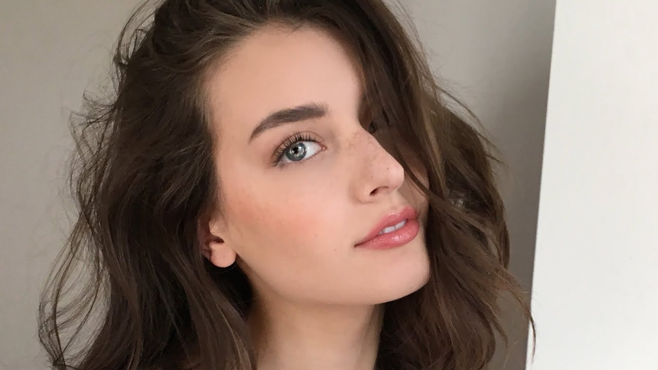 Natural Everyday Makeup 2016 | Jessica Clements - YouTube