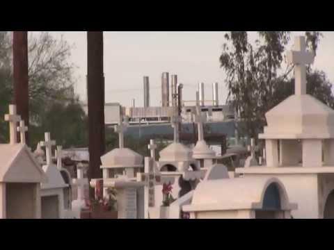 Turista Libre Tour of Cementerio Jardin Descanso de Mexicali