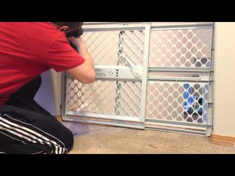 baby gate installation how to youtube rh youtube com fisher price safety gate 9151 manual Fisher-Price Manuals Baby Gate