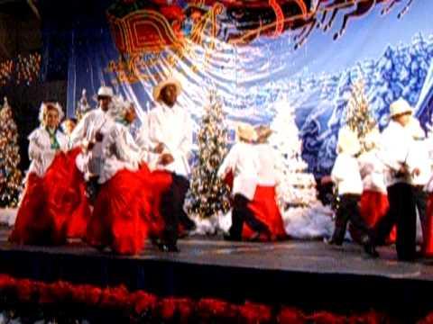 Panamanian Dancers @ Holiday Village 2009 Part 2