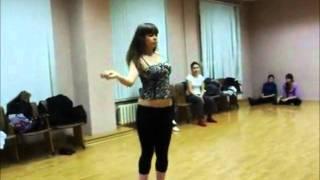 Go-Go Dance (Девушка круто танцует!!!!!!!!!)