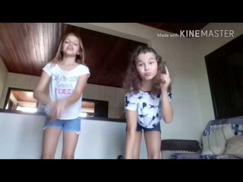 Daily Lymphatic Drainage Self Massage How To Get Rid Of Baggy EyesKaynak: YouTube · Süre: 5 dakika25 saniye