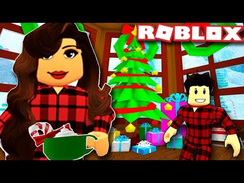 AMAZING CHRISTMAS DECORATIONS  - Royale High School | New Christmas Update  | Roblox Roleplay