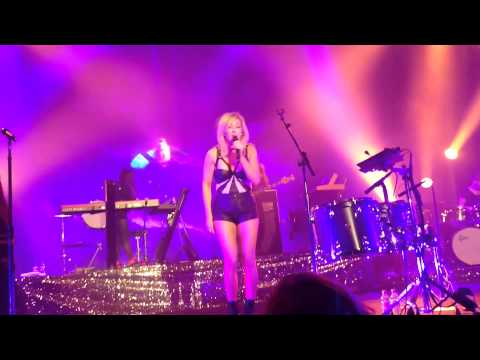Ellie Goulding - Goodness Gracious (live in Cologne 28.01.14)