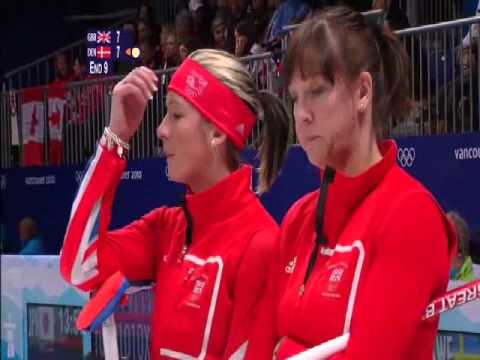 Eve Muirhead breaks her broom, 2010