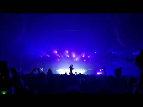 U2  New Years Day Eric Prydz Private Edit