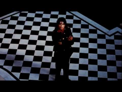 Michael Jackson talks to Lisa Robinson
