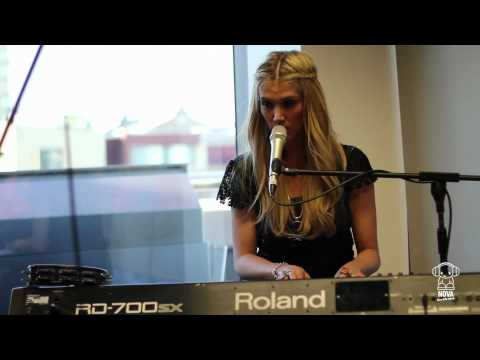 "Delta Goodrem ""Dancing With A Broken Heart"" Nova Acousitc"