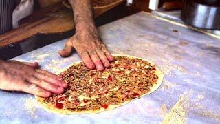 Как делают лаваш и лахмаджун в Антакье