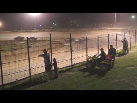 052916 Fayette County Speedway Pro 4 Feature