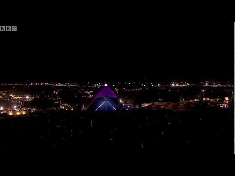 'Oh Jeremy Corbyn' chants have broken out all over #Glastonbury and it's glorious