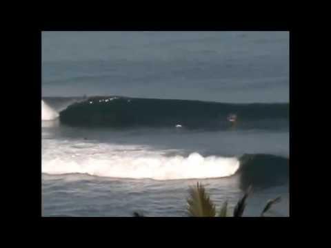 Surfing Nihiwatu, Sumba (Indonesia) 4/4