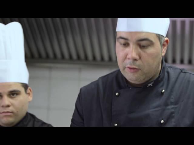 Video Ricetta spaghetti di grano duro Russello con crema di Cozze,patate e gambero di Mazara