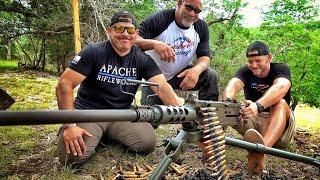 Купил настоящий пулемёт в 50м калибре... c рестлером Голдбергом! | Разрушительное ранчо