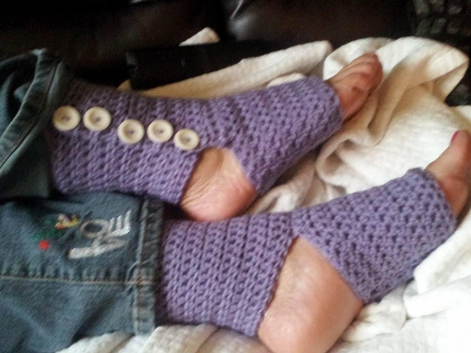 Crochet Tutorial - Button Up Yoga Socks Pt. 2 - Youtube Holidays and events <b>Holidays and events.</b> Crochet Tutorial - Button Up Yoga Socks Pt. 2 - YouTube.</p>