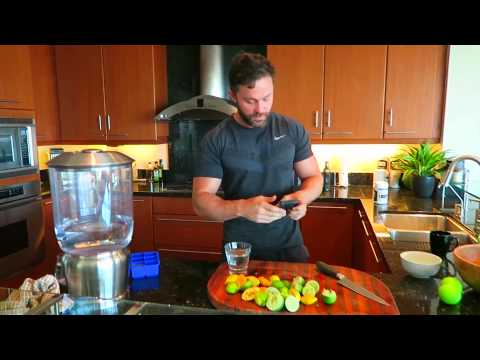 How To Make Lemon Water In 2 Seconds