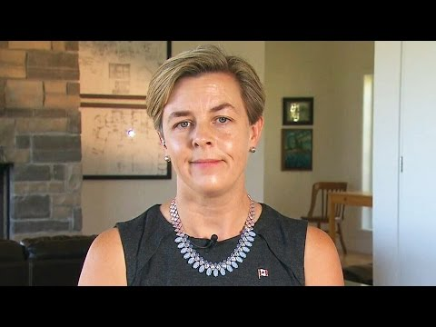 Kellie Leitch defends her position on screening for 'Canadian values'