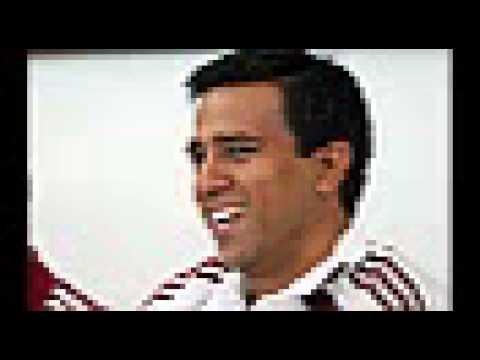 Salvador Hicar carga contra Cesar Farías