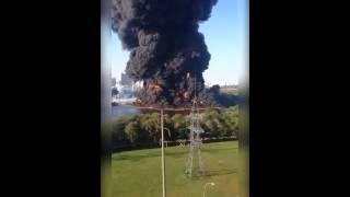 Огромный Пожар в Марьино, горит Москва река 12.08.2015