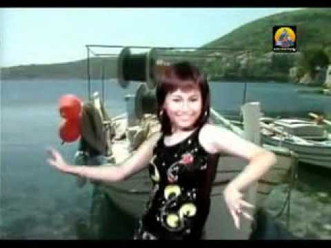 Ayu Ting Ting   Sore Sore Karaoke + VC   YouTube xvid