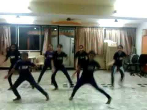 Gunn gun guna re  Extreme Dance Academy