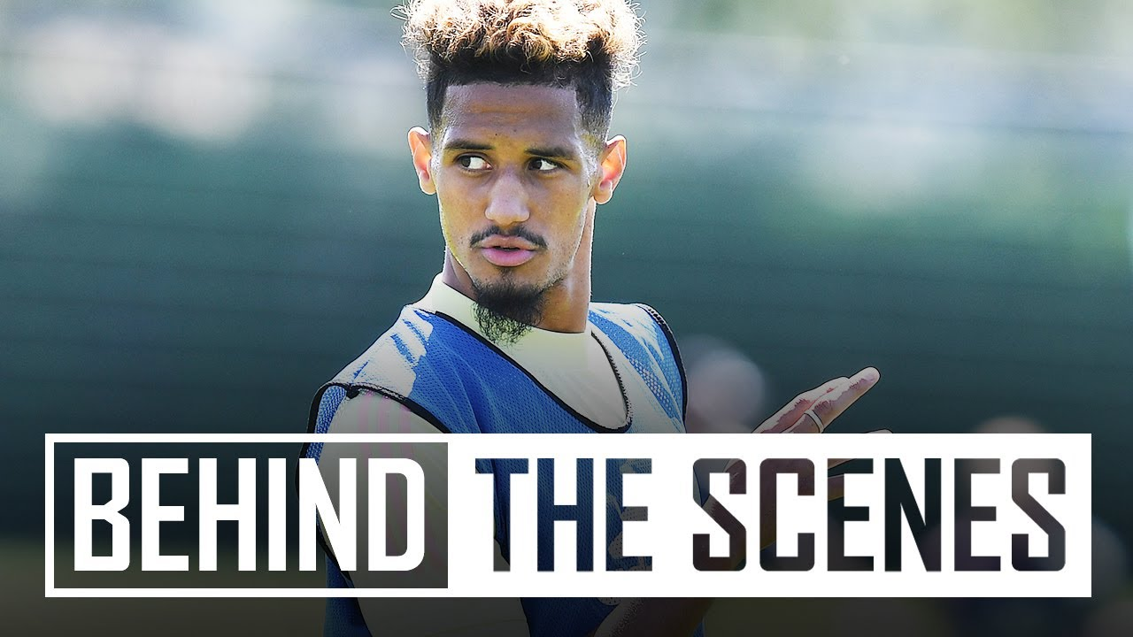 A William Saliba special | Behind the scenes at Arsenal training centre