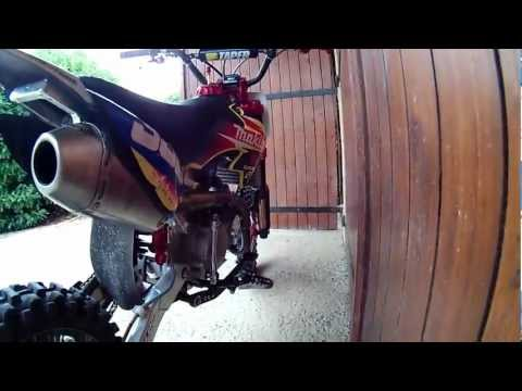 a comparison of dirt bikes and streets bikes Your love of dirt bikes is how you got to  what exactly is the difference between a motocross bike and  how to make a dirt bike street legal.