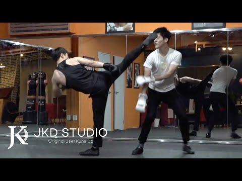 """이소룡 절권도 스파링 트레이닝 (Bruce Lee Jeet Kune Do Sparring Training, 李小龙 的 武术 """"截拳道"""".)"""