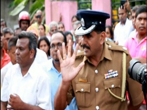 Parents of students stage protest against Palitha Thewarapperuma
