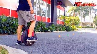 ► AirWhell: Tập chạy xe điện 1 bánh đi qua hàng cốc