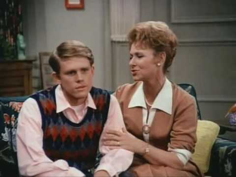 HAPPY DAYS Mom: MARION ROSS  Fun, The Fifties and The Fonz !