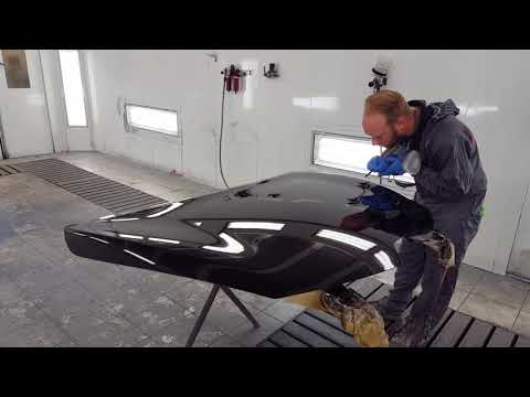 Car Painting: Painting a hood (Standox standoblue and xtreme clear coat)