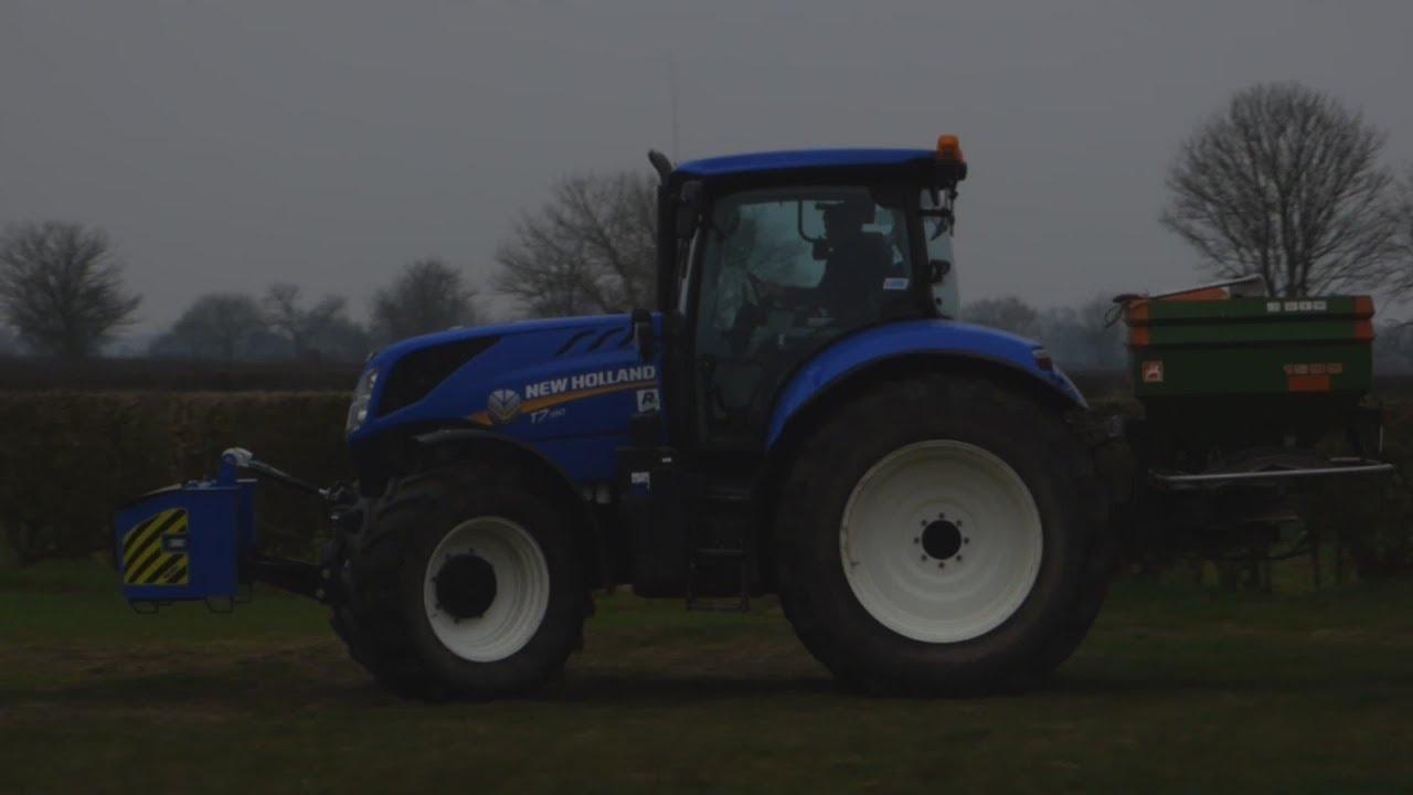 New Holland T7 190 Tractor Fertilising
