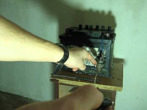 как запустить аккумулятор автомобиля без зарядного устройства