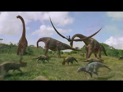 Dinosaur  - The egg travels - scena z filmu