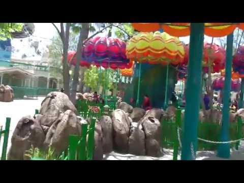 Jumpin' Jellyfish, Disney California Adventure, Disneyland Resort