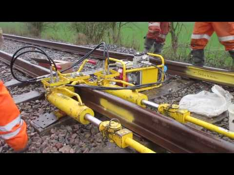 Stressing Continuously Welded Rail on the GWSR