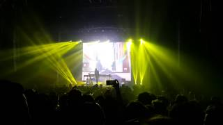 porter robinson lionhearted live in sydney 2015