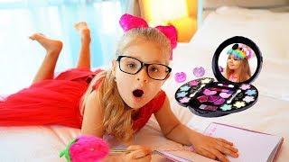 Diana quiere ser bonita / los juguetes de maquillaje para niños