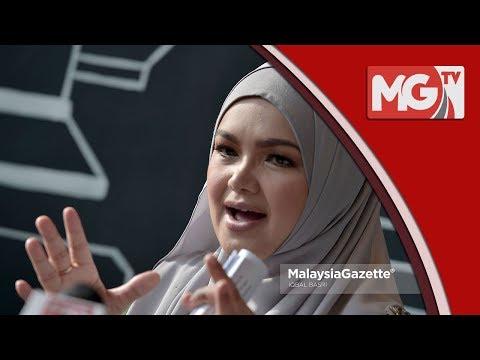 """""""Tun Mahathir Jadi Sejarah Dunia"""" - Siti Nurhaliza"""